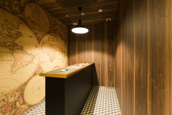DW-1902MT   dry wood,sustainia,wallcoverings   Sustainia